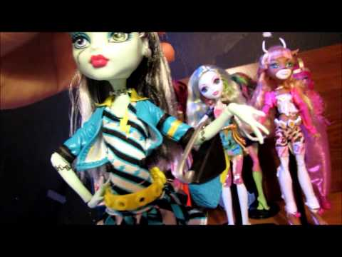 Monster High Picture Day Frankie Stein review!