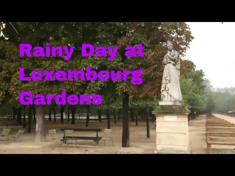 Rainy day at Luxembourg Gardens