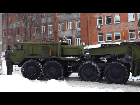 Тягач МАЗ-537 с путепрокладчиком БАТ-2
