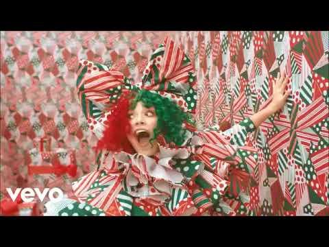 Sia - Ho Ho Ho FM MUSIC VIDEO