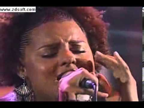 Afrotaking Floetry - Getting late Live