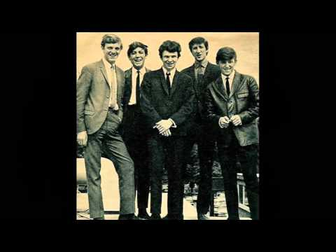 THE FORTUNES Here It Comes Again LIVE @ BBC TOTPS Brian Matthews 1st Oct 65