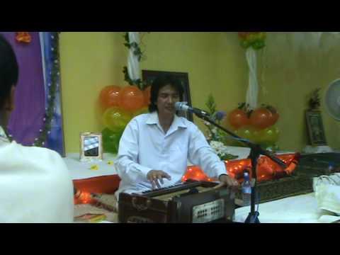 Sri Ajnish Rai sings Govinda Hare Gopal Hare at Port of Spain Sai Center