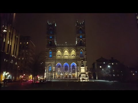 Cool Video Projections On The Buildings In Montreal Canada