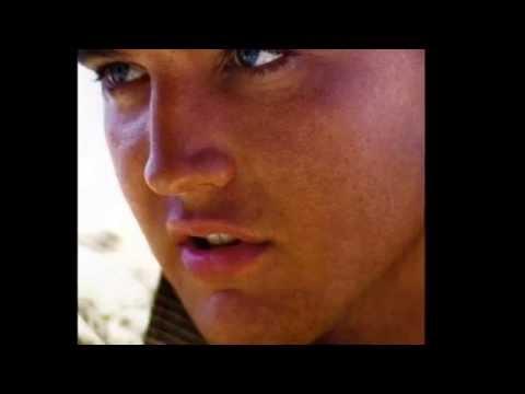 Lucas e Gabriel - Absoluto (Cover Daniel e Samuel) de YouTube · Duração:  4 minutos 51 segundos