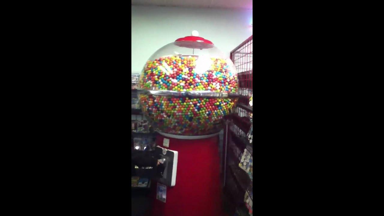 big gum machine