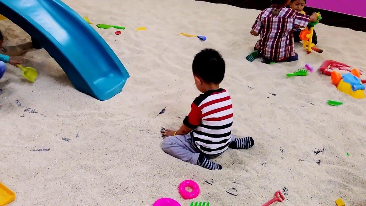 Master Game Play In Playground Bec Bandung Youtube