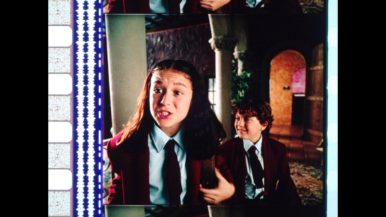 Download Spy Kids (2001), 35mm film trailer, open matte, 1.17:1 ratio.