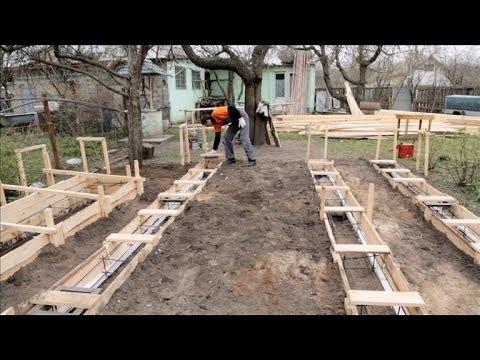 видео: Как правильно залить столбчатый фундамент? Дача 26.04.2014