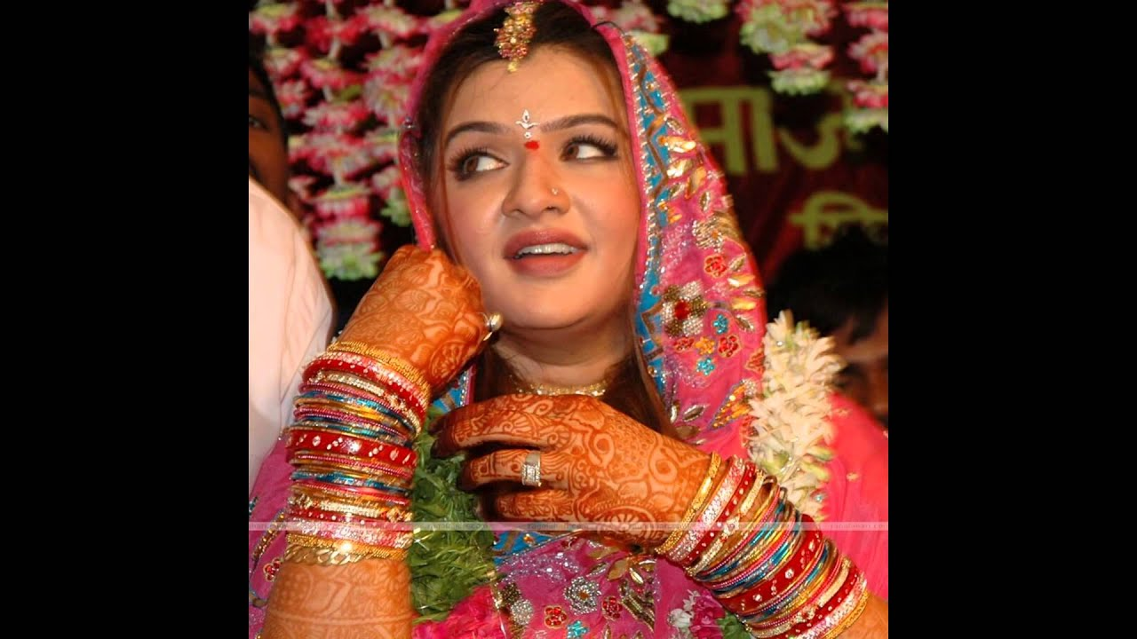 Aarti Agarwal Nude Photos 76