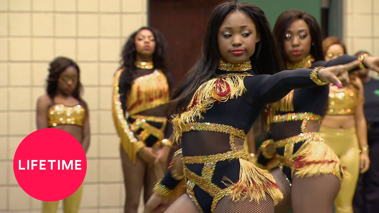 Download Bring It!: Stand Battle: Dancing Dolls vs. Elite Forces of Destruction (S4, E3) | Lifetime