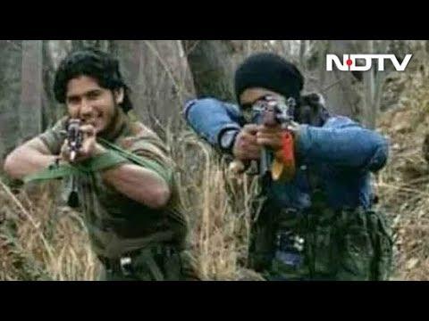 In Video, Lashkar's Naveed Jutt Emerges With Hizbul Terrorists In Kashmir