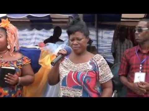 Une femme de pasteur se confesse pour ses pratiques