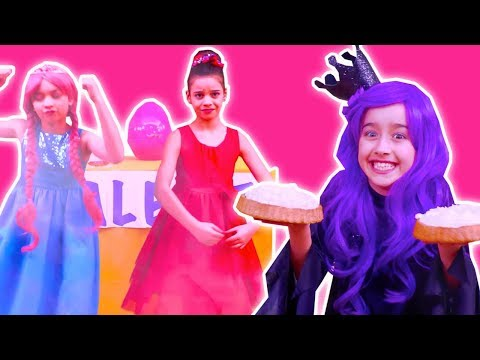 PRINCESS TALENT SHOW 💃 Malice Becomes Invisible By Magic! - Princesses In Real Life | Kiddyzuzaa