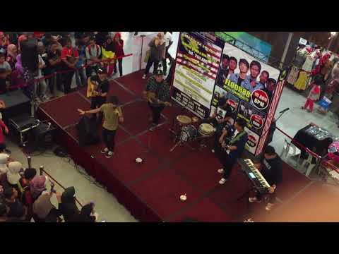 Floor 88 - Zalikha Live Performance
