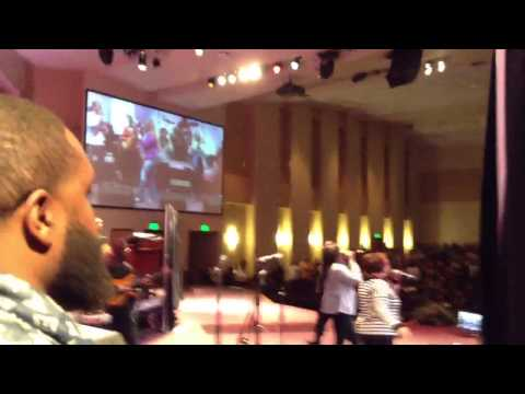 Press in your presence by Shana Wilson live 2013