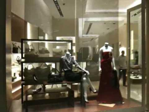 Dubai Mall Brand Shops
