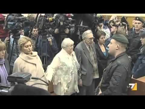 Khodorkovsky libero vola in Germania. Il Cremlino: libero di tornare in Russia