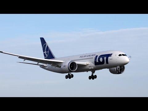 LOT 787 and Air Canada 777 Landing at Toronto Pearson International Airport (YYZ/CYYZ)