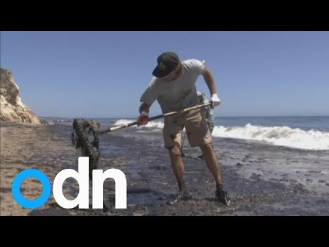 Nine-mile oil slick in California - clean-up enters third day