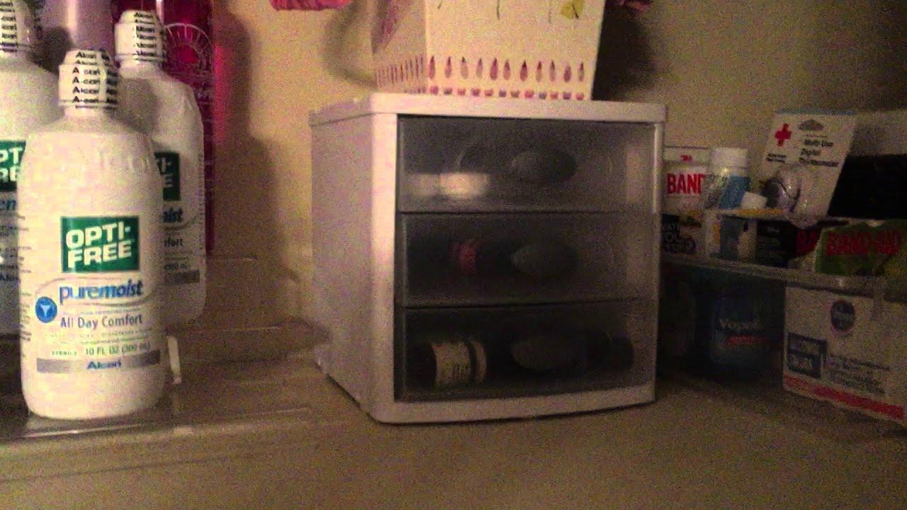 Messy Linen Closet Makeover How To Organize A