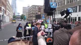 FAKE NEWS : CNN caught staging scene that Muslims are against ISIS in London Attack (Jun 05, 2017)