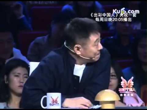 李连杰录《出彩中国人》与选手产生共鸣动情落泪