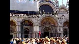 Экскурсия по Венеции. Собор святого Марка. 2011.(Экскурсия по Венеции. Собор Сан Марко — кафедральный собор Венеции представляющий собой редкий пример..., 2012-02-20T11:40:43.000Z)