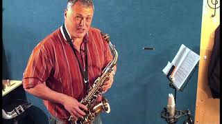 JP045 Alto Saxophone Demonstration by Pete Long