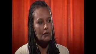 Repeat youtube video Cortometraggio sulle Mutilazioni Genitali Femminili (MGF) in Abruzzo