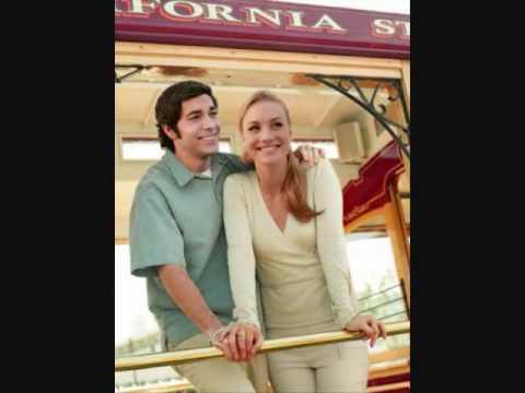 Zachary Levi And Yvonne Strahovski - Better Together