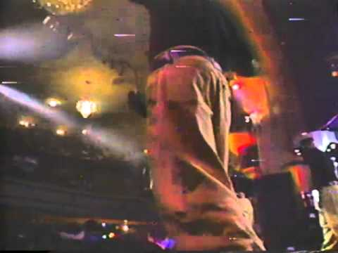 3rd Bass- Pop Goes the Weasel (Live)
