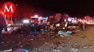 Se vuelca camión en carretera de Chihuahua; hay 12 muertos y 20 heridos