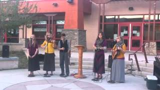 """The Jim Walker Family singing """"The Great Physician"""" (March 11, 2015)"""
