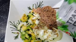 Готовим салат из авокадо и тунца!!!