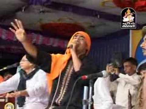 Dayro Maniaro Praful Dave N Bhikhudan Gadhavi 10