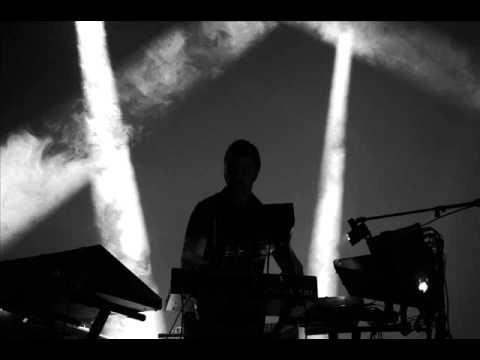 Arnaud Rebotini - The First Thirteen Minutes Of Love (Turzi remix)