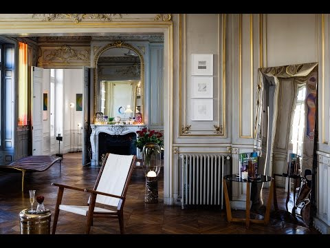 PRIVATE CHOICE: Art & Design Apartment in Paris