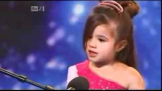 4 year old dancer Shakira