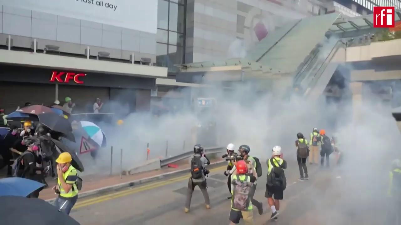 Tổng hợp clip biểu tình ở HongKong: biểu tình hay bạo động?