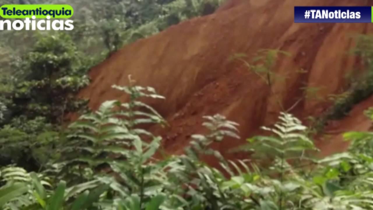15 personas desaparecidas deja deslizamiento en el sector El 20 en la vía Medellín-Quibdó