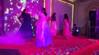 Best Sangeet dance - Chull and kheech meri photo!