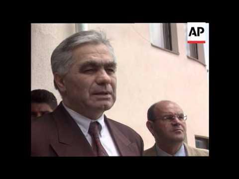 Bosnia - Escalating power struggle