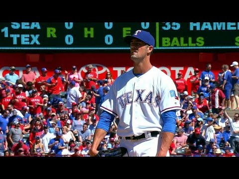 SEA@TEX: Hamels throws first pitch on Opening Day