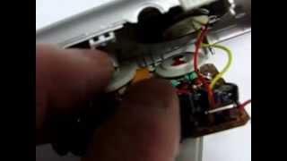 単四電池二本の小型ラジオです。 小さいですが今までのものより感度は最...