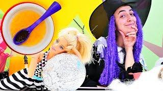 Barbie ve cadı Sevcan sihirsiz mercimek çorbası yapıyorlar. Kukla videosu