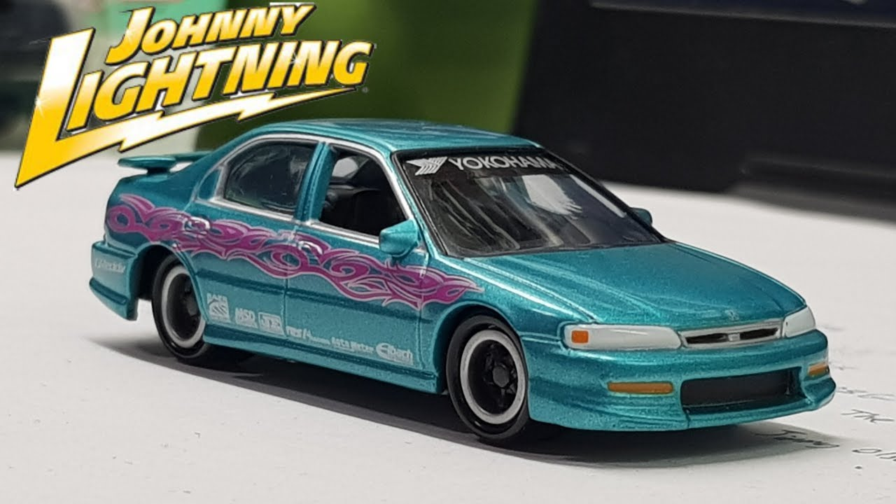 my first johnny lightning car! - 1995 honda accord review! - youtube