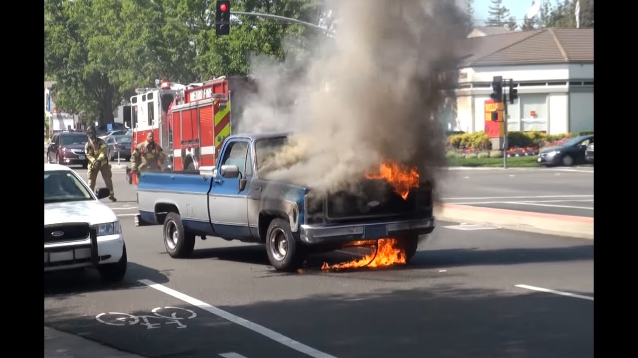Chevy On The Blvd >> Classic Chevy Truck on Fire - Crazy Quick Firefighters - YouTube