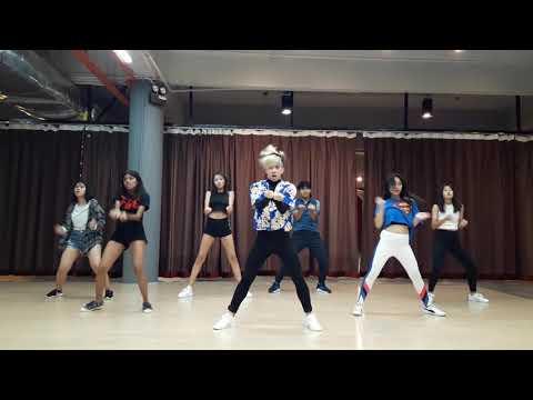 Dinero -Jennifer Lopez Ft  DJ Khaled, Cardi B    Choreography By Ezra