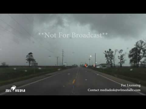 4 Miles West Of Monmouth, Illinois - Tornado - May 10th, 2017